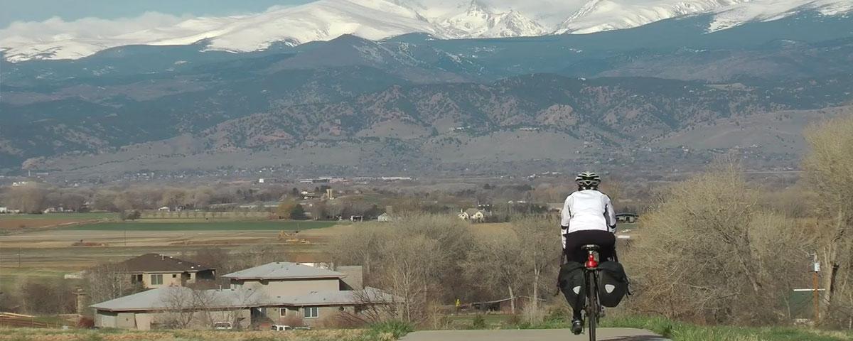 How do you become a resident of Colorado?
