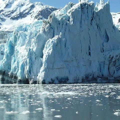 Photo of an Arctic glacier