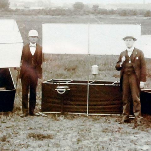 Photo of men with Weather Bureau box kites