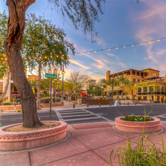 Picture of downtown Scottsdale, AZ