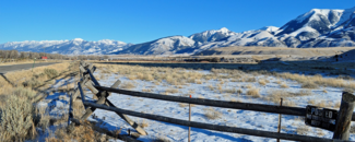 Photo of snow-covered Absaroka Mountain Range