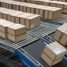 Picture of boxes on conveyor belts by Pixabay.