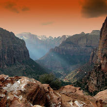 Photo of the mountains in Zion Park, Utah