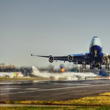Image of airplane taking off. Credit Pixabay.com.