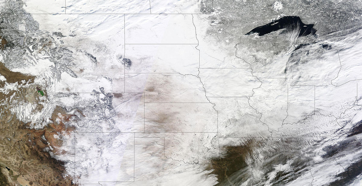 Satellite image of snow cover in the central and northeastern United State on February 2, 2011