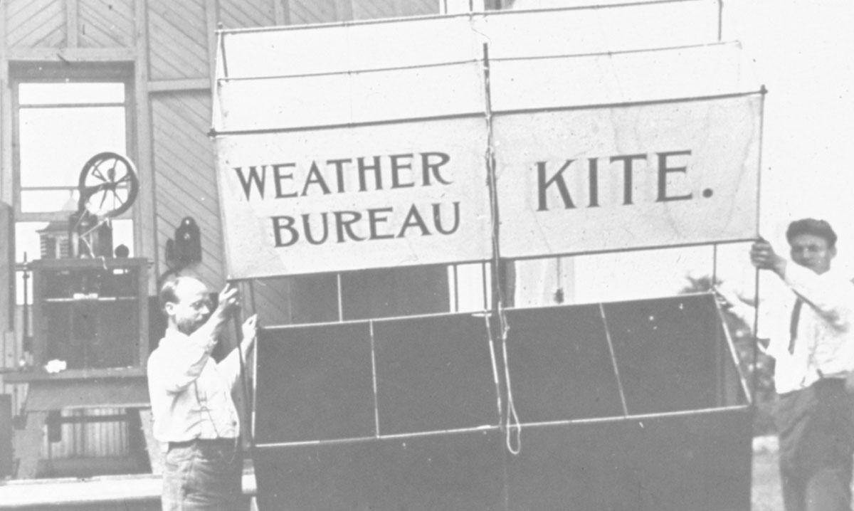 Photo of observers preparing to launch a Weather Bureau kite